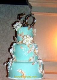 #29- Gorgeous Anniversary Cake