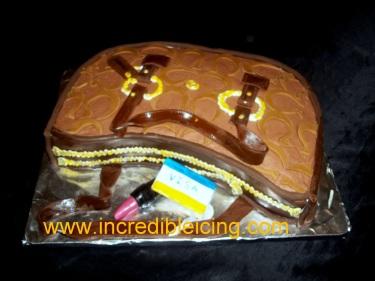 #75- purse cake