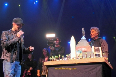 #367- Criss Angel Sharing his Levitating Cake with the thousands of spectators at his Believe Show in Las Vegas