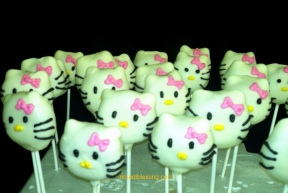 Hello Kitty Pops to accompany a cake